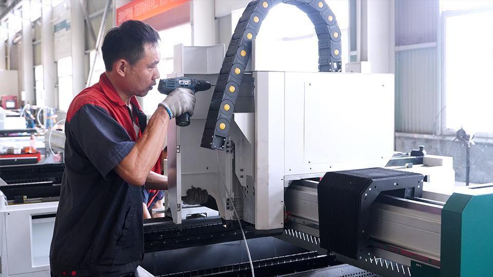 Super instalado! O desafio de instalação da base de produção inteligente a laser do OREE já começou.(图3)